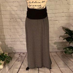 Versatile MAX STUDIO Skirt or Dress